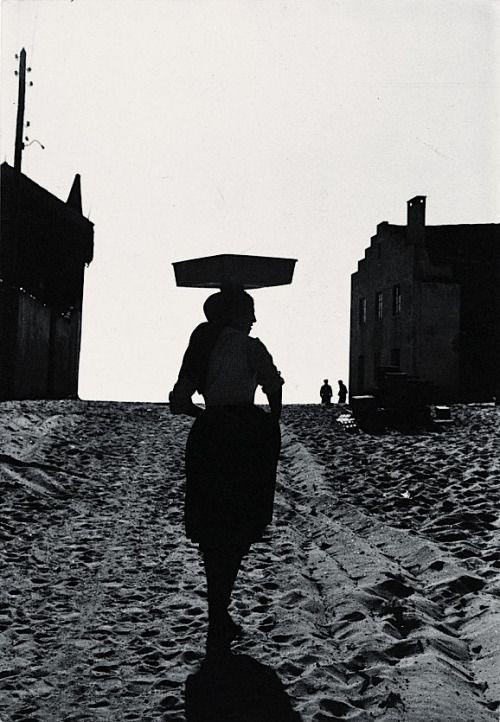 Gérard Castello-Lopes. Costa de Lavos, Portugal, 1958 Thanks to darksilenceinsuburbia