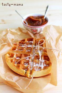 Я готовлю большой пост в Пракукинг про вафли и вафельницу. Учитывая, что моя вафельница Kitchenaid, строго говоря, для Бельгийских вафель, я почувствовала, что у меня…