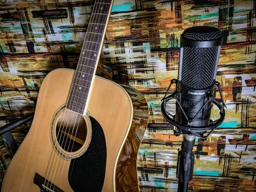Top 4 Microphones For Recording Acoustic Guitar Under 100 Acoustic Guitar Microphone For Recording Guitar