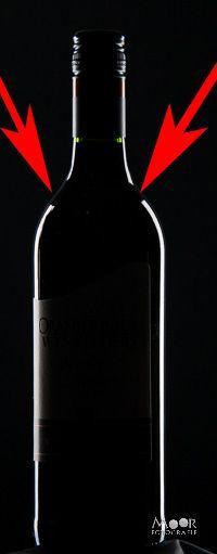Wijnfles fotograferen met DIY Striplights