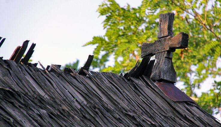 Dealu Ocii.biserica de lemn.cruce de coama - Biserica de lemn din…
