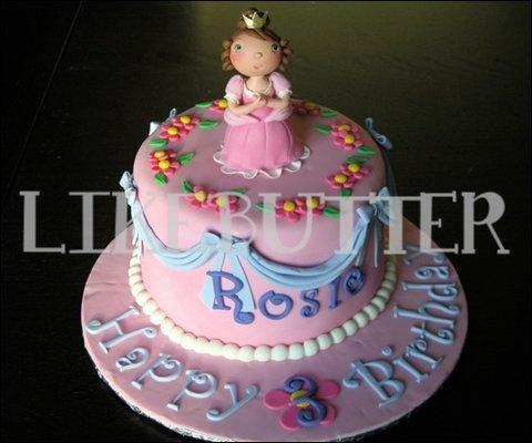 Princess Cake with fondant Princess cake topper
