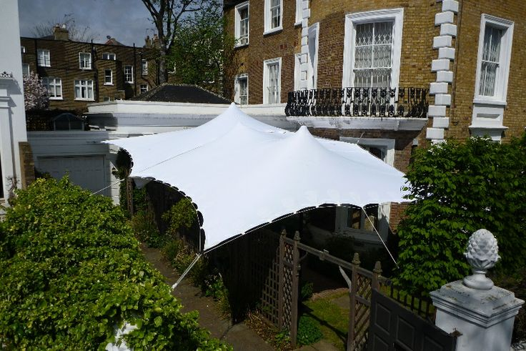 These wonderful 5m x 5m canopies are perfect for VIP drinks and product launches, they are funky and simple to erect and can be easily be combined to create larger areas.