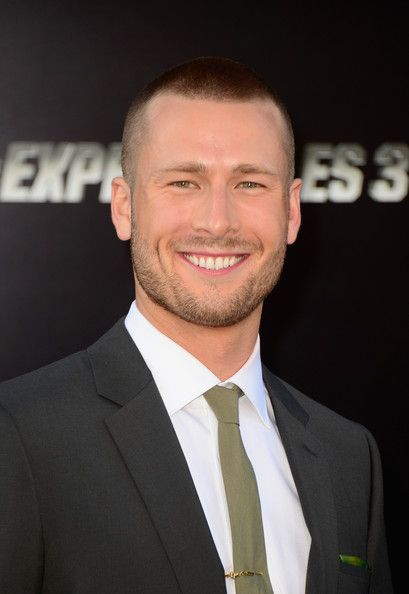 Glen Powell Is AMAZING as Chad on Scream Queens!!!