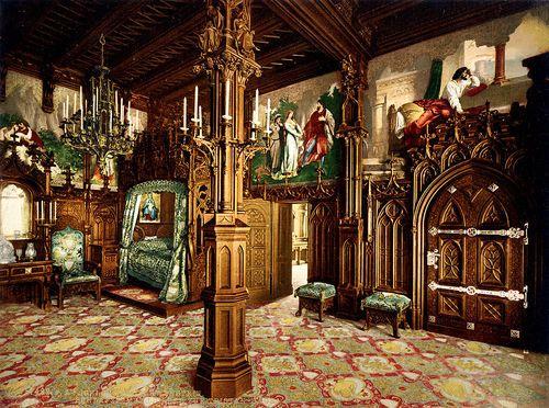 まさにおとぎの国!眠れる森の美女のモデルになったノイシュヴァンシュタイン城■ドイツはバイエルンの南に位置する幻想的な城ロマンチック街道を道沿いに進み終わりにあるメルヘンな城。愛のシンボルとしても知られ