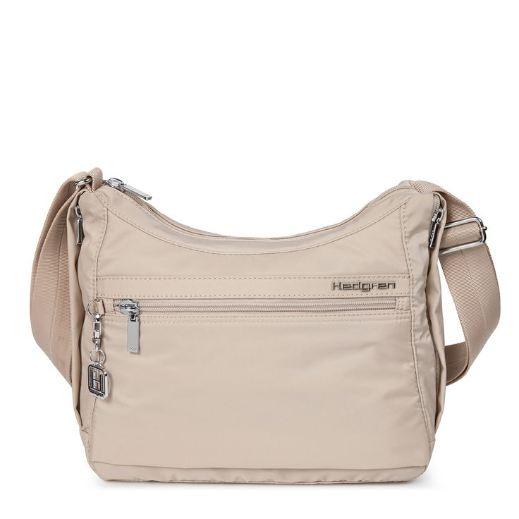 The Harper's S shoulder bag has it all! Durable material, functional compartments, beautiful design all rolled into one.