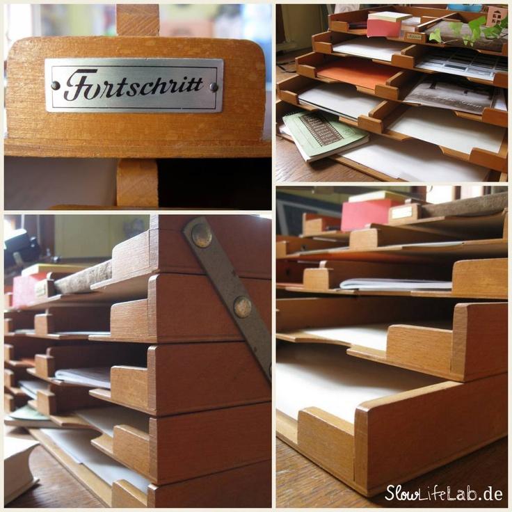 Die Dokumentenablage aus dem Hause Fortschritt auf meinem Schreibtisch. // The document repository made by progress on my desk. #retroOffice    Mehr dazu auf SlowLifeLab.de //   http://slowlifelab.de/der-fortschritt-haelt-einzug/     More on this at SlowLIfeLab.de   http://slowlifelab.de/en/now-there-is-fortschritt-at-slowlifelab/