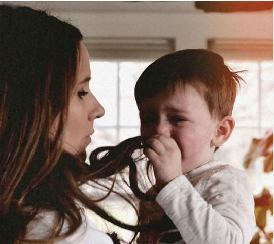 Cuando un niño no se puede tranquilizar, necesita conexión y confort, no críticas y control Control, Couple Photos, Couples, Keep Calm, The Secret, Couple Shots, Couple Photography, Couple, Couple Pictures