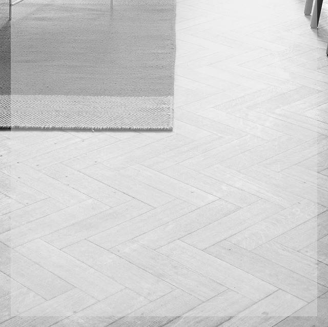 """. Follow official account line kami di @cubix.id (menggunakan """"@""""), jika anda ingin berkonsultasi mengenai usaha anda. Dan dapatkan juga e-book gratis tentang bisnis yang berbeda disetiap bulannya. . . -Stay Creative Be Inspiring- . . #cubix #cubixid #cubixcreative #staycreativebeinspiring #bringyourbusinessstepforward #brandingagency #digitalbranding #creativeagency #digitalmarketing #startupindonesia #indonesiastartup #motivasi #kisahsukses #bisnisonline #bisnis #inspirasi…"""