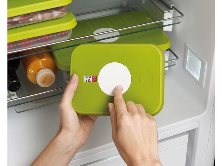 Krabička na potraviny se zobrazením data uskladnění nebo spotřeby