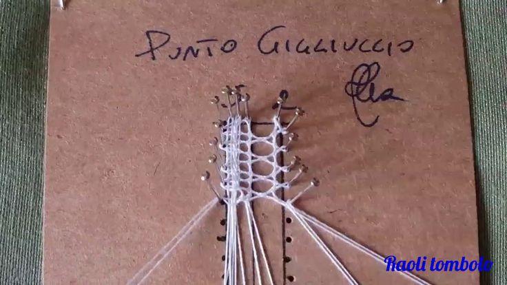 Il punto Gigliuccio è un punto di finizione molto particolare ed elegante. Dona un pizzico di leggerezza ai pizzi dove viene eseguito e la sua lavorazione ri...