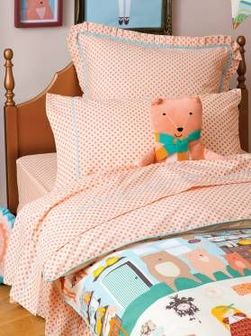 Kids Goldilocks Sheet Set from Linen House's Hiccups Range, available at Forty Winks.
