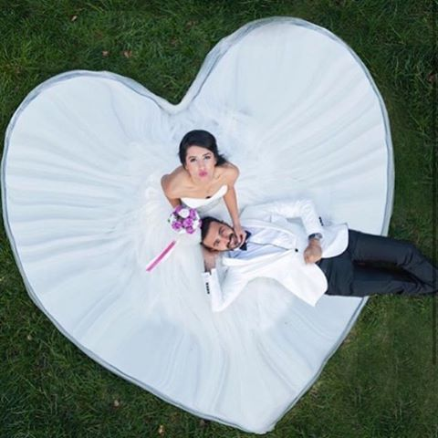 Tag a friend who loves weddings! For more wedding inspiration follow the top wedding accounts: ❤️@WeddingDiary @Wedding.Diaries @FantasyBride