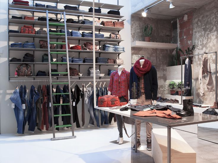 Eye-catching trends! It's all in the name: »tragbar trendwear« (wearable tre… – atelier 522