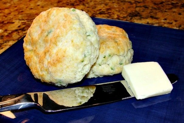 Bob Evans buscuits. Best buscuits recipe for light fluffy buttery biscuits
