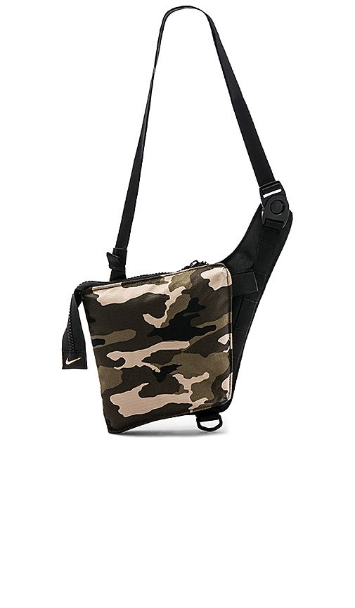 c2562bc0be1 Nike Airmax Smit Bag in Camo Clash   Black