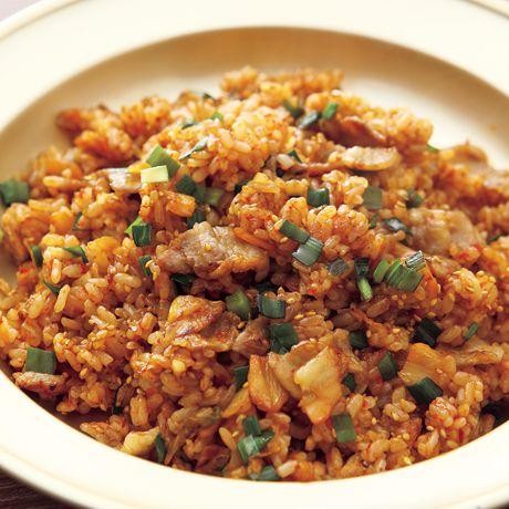 豚キムチチャーハン | コウケンテツさんのチャーハンの料理レシピ | プロの簡単料理レシピはレタスクラブニュース
