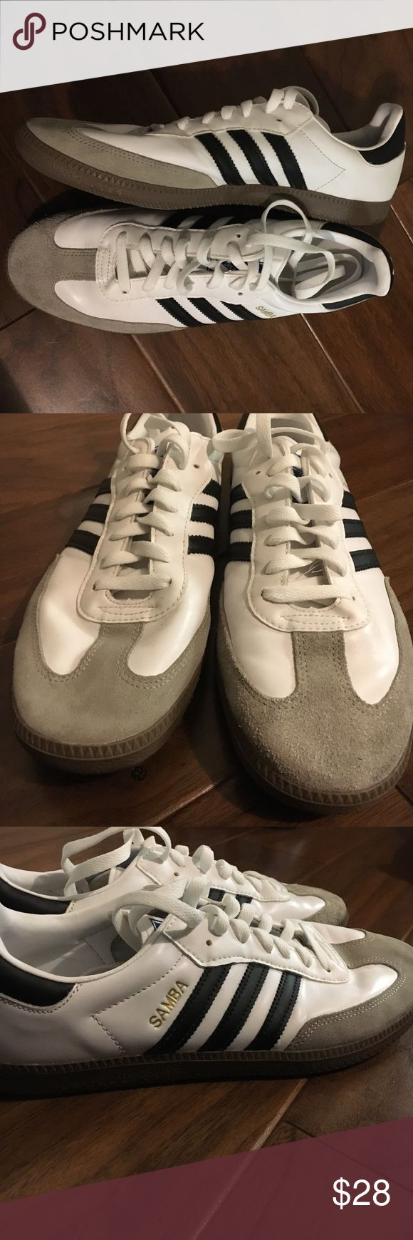 Adidas Samba men's shoes size 11 Great condition very clean! Pet free smoke free home Adidas Shoes Athletic Shoes