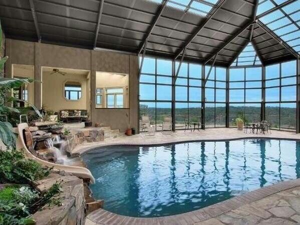 mansions-with-indoor-pools