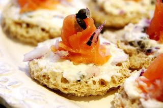 Stranded in Cleveland: Smoked Salmon Canapés | Recipe | Hors D'oeuvre