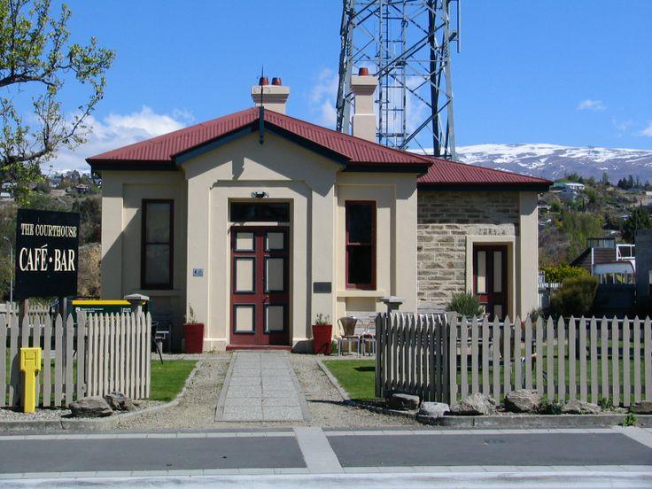 Alexandra, New Zealand   File:Former Alexandra Courthouse Alexandra, New Zealand 2081.jpg