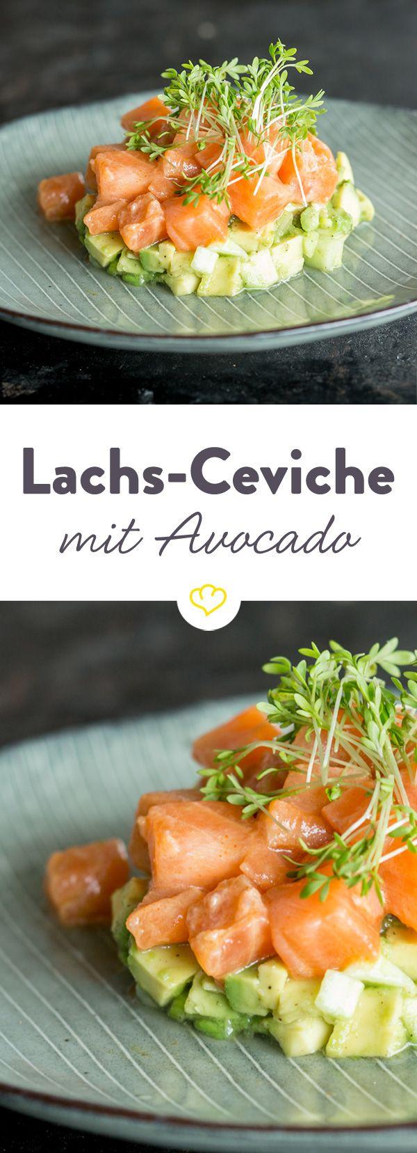 Das Besondere an der Ceviche: Der Lachs wird nur durch die Säure der Zitrone gegart. Zusammen mit der gehaltvollen Avocado- eine köstliche Kombination!