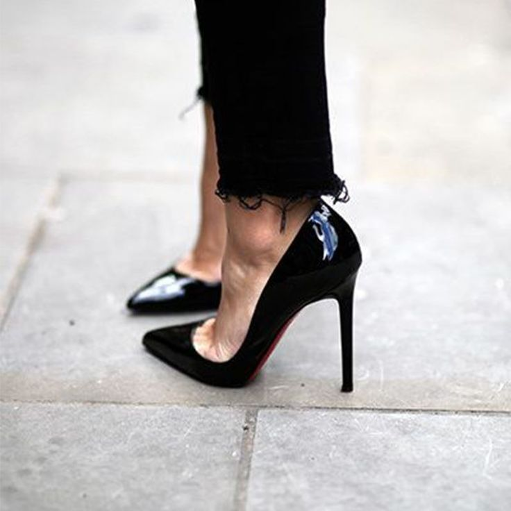Traditional Black Pumps