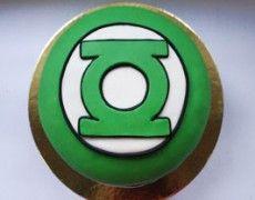 Green lantern cupcakes cake idea