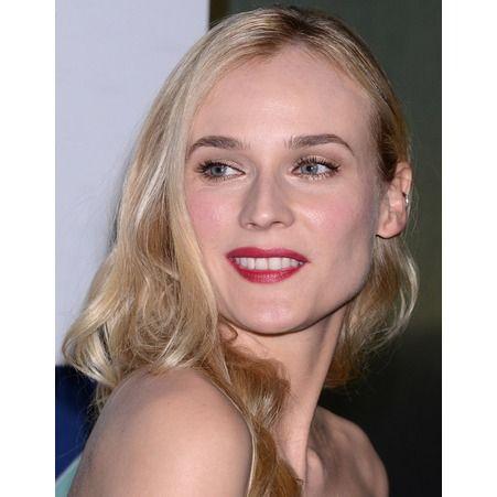 Diane Kruger et son rouge à lèvres rose foncé