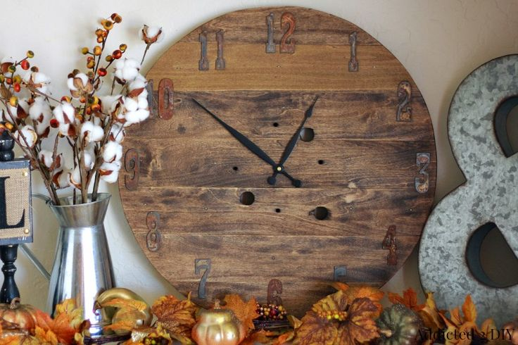 Fall Back with a DIY Rustic Clock Made from a Wooden Spool - #krazyglue #ad