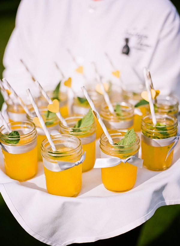 Wilmington wedding by veil and bow salt harbor designs for Canape wilmington