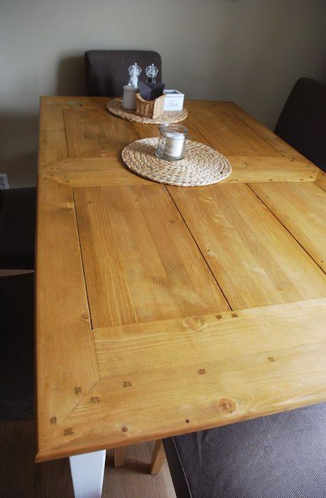 Kuchyňský stůl z masivu D438