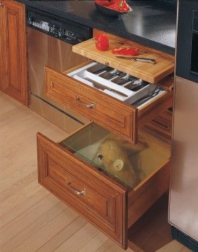 Love The Pull Out Cutting Board Idea Making A House A
