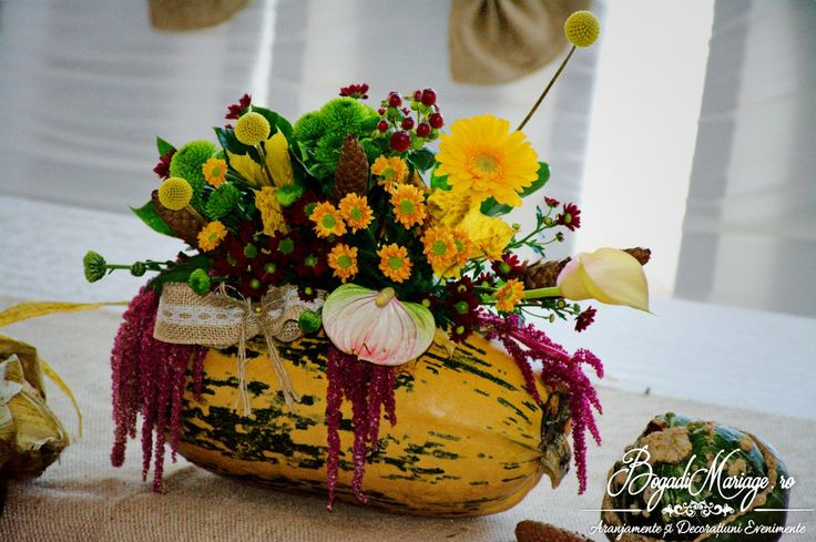 Aranjamente Florale Prezidiu / Masa Miri by Bogadi Mariage Vatra Dornei - Suceava - Campulung - Gura Humorului