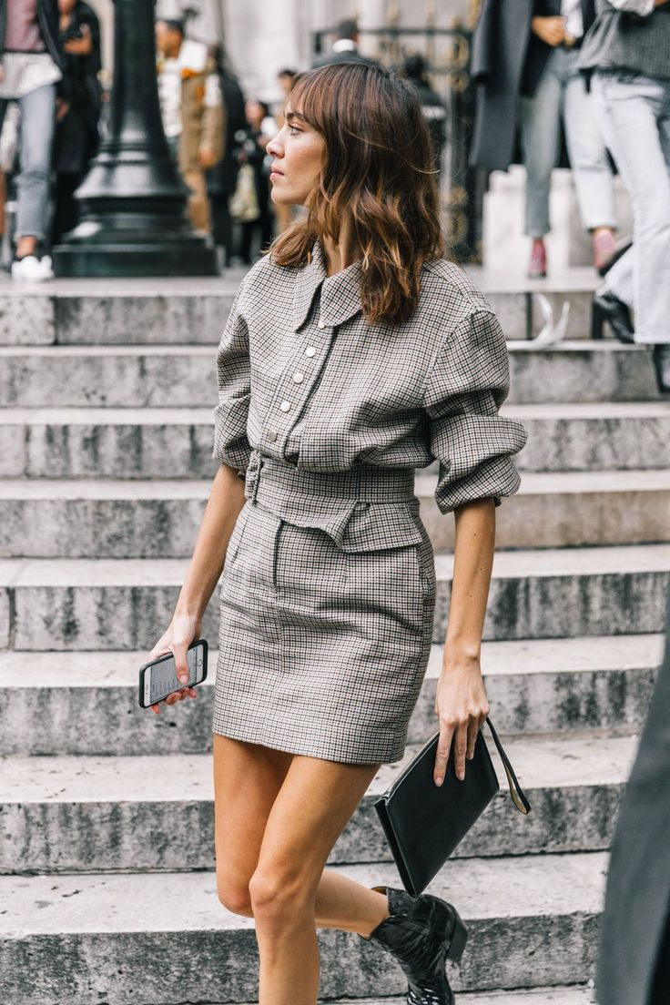 Street Style #PFW / Alexa Chung @lucearow