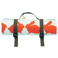 picknick kleed - waterdichte onderkant   kussende konijntjes
