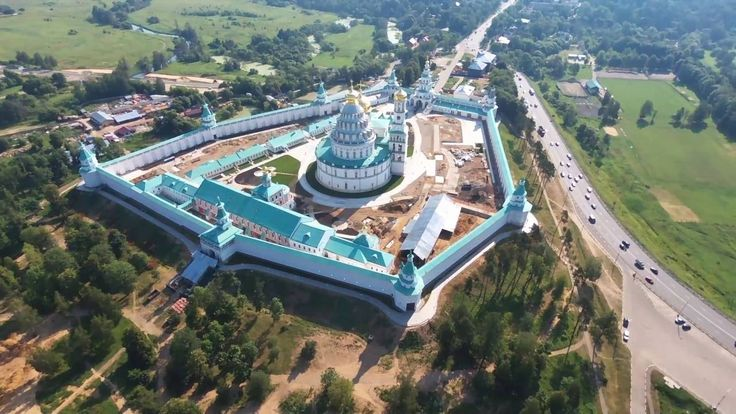 Ново-Иерусалимский монастырь - вид с воздуха, аэросъемка с квадрокоптера