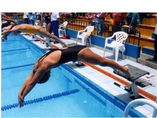 #natacion. Pruebalo en Polideportivo Amoros.