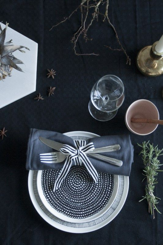 Table setting by Daughters of Tobias