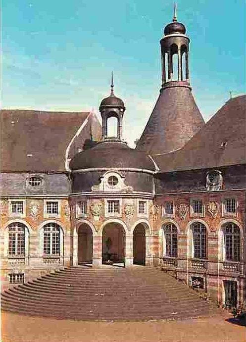 Château de Saint Fargeau, Yonne, Bourgogne, France                                                                                                                                                                                 Plus