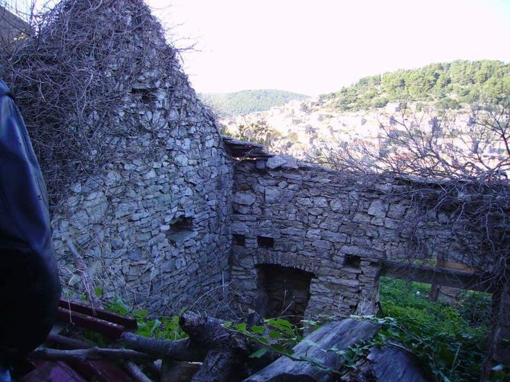 A section of Grandpa Semoni family stone home in Blato, Korcula. - See this image on Photobucket.