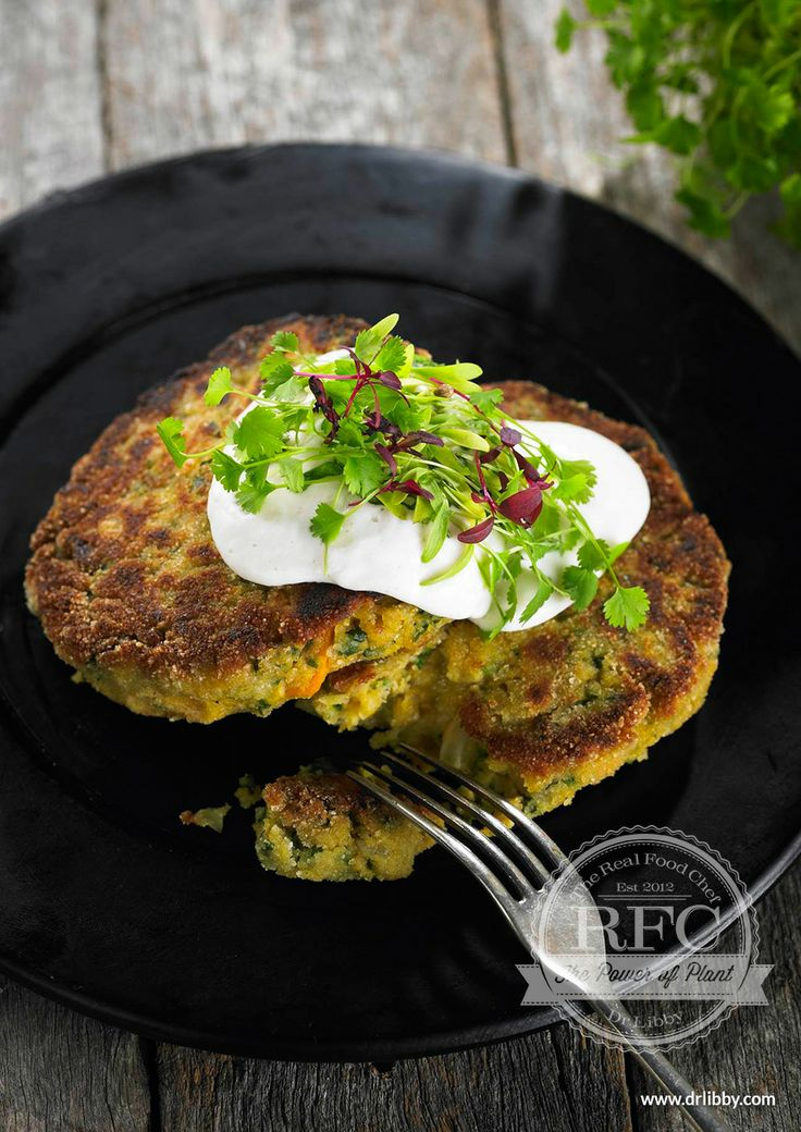 Vegetable Burgers with Coriander Cream | The combination of lentils and chickpeas makes these high-protein burgers very satiating. A tasty alternative to meat burgers, this is a fantastic way to incorporate more legumes into your diet. They are packed with dietary fiber and a beneficial range of minerals. Serve the burgers with extra greens for a complete meal. | www.drlibby.com