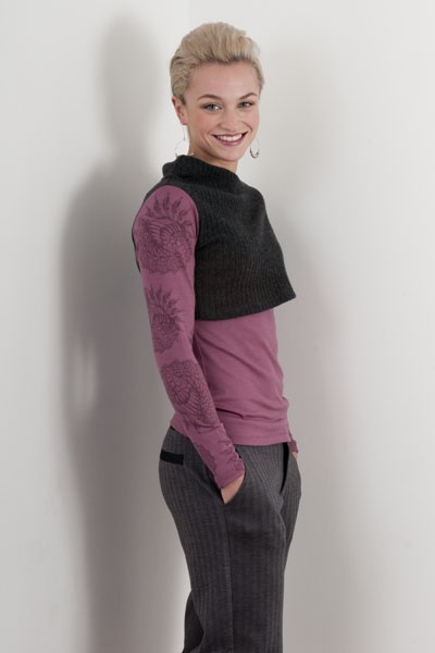 Chalkydigits Womens Wingstar Overlay Merino Top in dawn - we love this colour! Also available in stormy green and lochness.