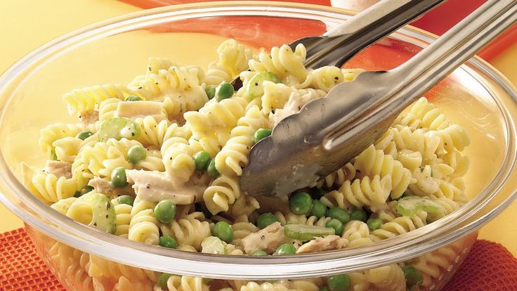 Need a quick salad? Cook frozen veggies with pasta, toss in crunchy celery and canned tuna, then blend with bottled dressing.