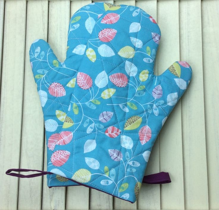 Oven Gloves, Oven Mitts, Blue Oven Gloves, Blue Oven Mitts, Patterned Oven Gloves, Patterned Oven Mitts, Heat Resistant Oven Mitts, Ovenware by DorsetPatchworks on Etsy