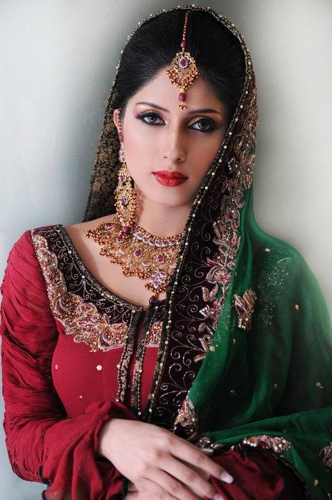 Pakistani bridal, hair, makeup, jewelry