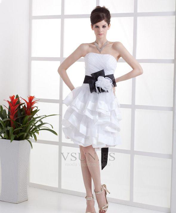 Vestido de novia Sin tirantes Un tirante con flor Oscilación Corte princesa