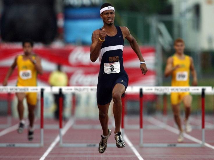 4.En abril de 2006, Culson representando a la American University ganó los 400 metros con vallas en las Justas Interuniversitarias. (El Nuevo Día/Ramón 'Tonito' Zayas)