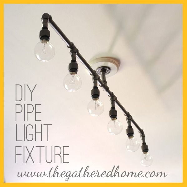 DIY Plumbing Pipe Light Fixture. Could modify it for my bathroom and office.