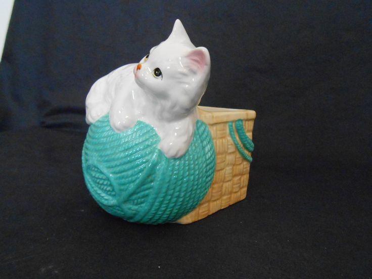 винтажный Napco керамики кошка с пряжи мяч культиватор